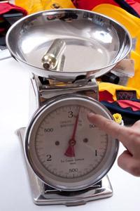 Peser-la-bouteille-de-CO2